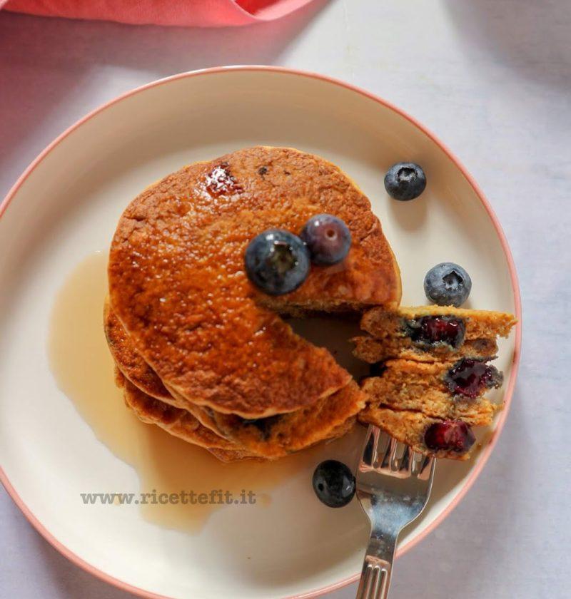 pancake integrali senza zucchero uova burro healthy light mirtilli la vie est fit senza lievito vegani
