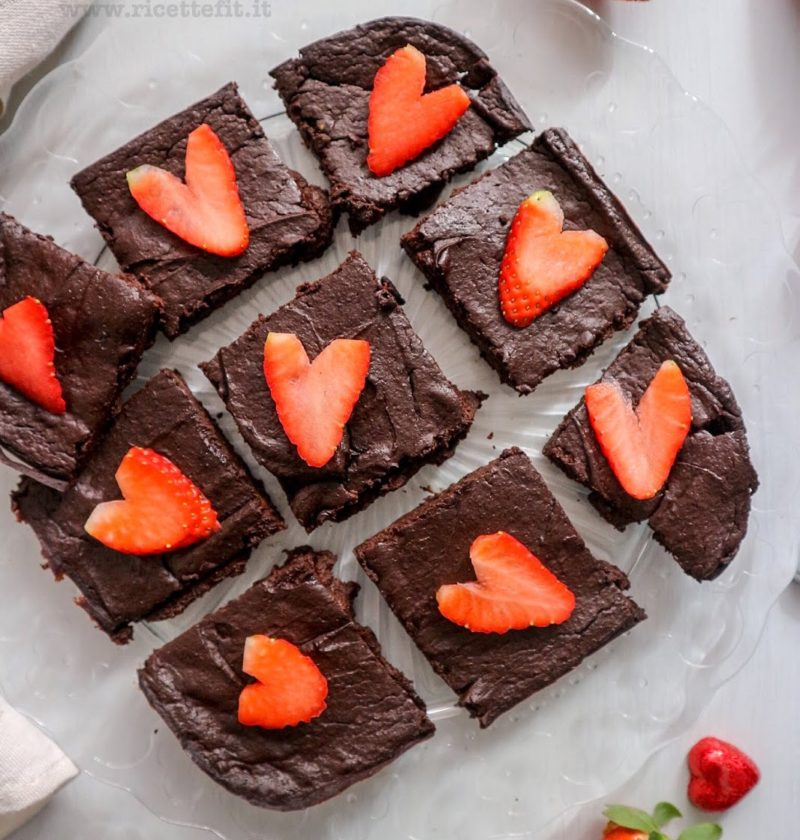 brownies di avocado senza uova farina glutine zucchero al cacao light
