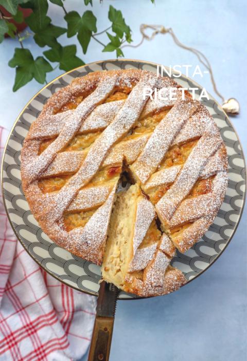 Pastiera napoletana con la crema pasticciera ricetta tradizionale di LA VIE EST FIT