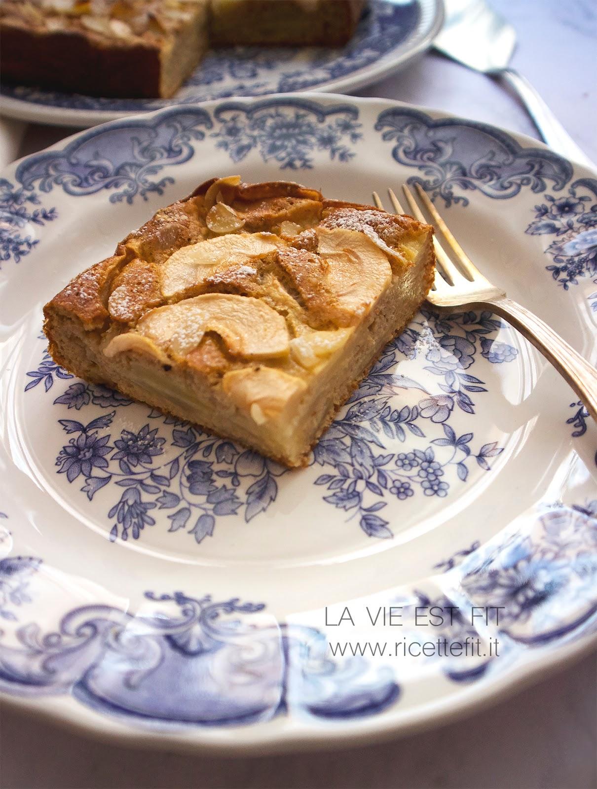 Torta di mele senza grassi e zucchero semplicissima di LA VIE EST FIT