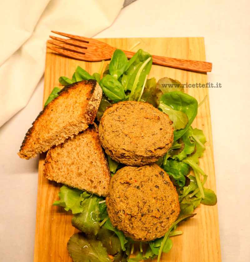 Burger vegan di fagioli e melanzane light di La vie est fit