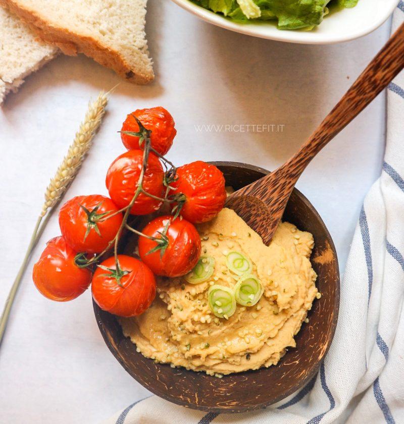 Hummus Ricetta Semplice Senza Tahina.Ricette Fit Per Hummus Leggero All Italiana Senza Tahina 120 Kcal Low Fat Chickpeas Hummus La Vie Est Fit