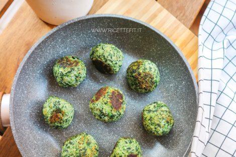 Polpette light vegetariane senza uova di ricotta e spinaci senza forno