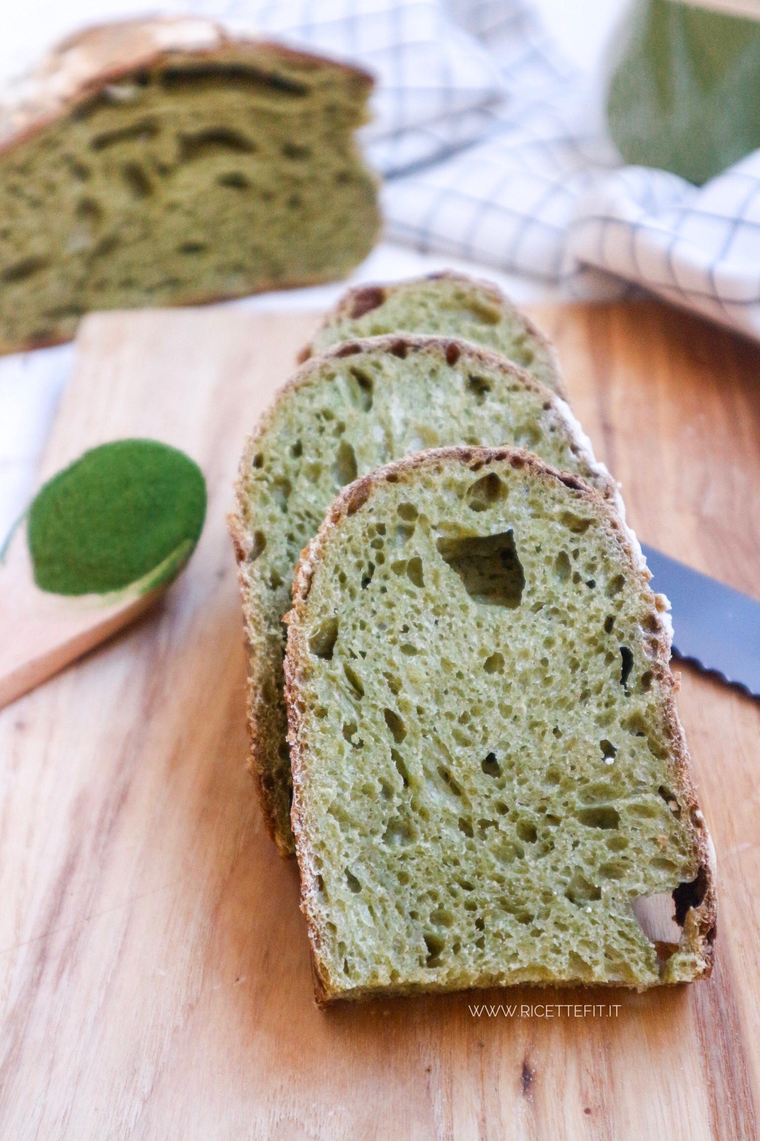 Pane agli spinaci lievitazione naturale licoli pasta madre
